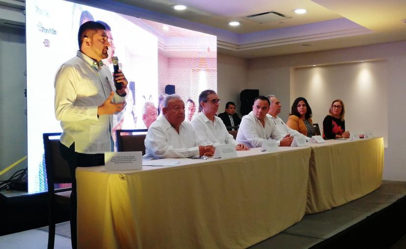Inicia congreso de especialistas del ramo fiscal