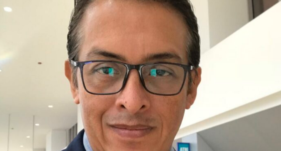 """Retrógrada e ignorante propuesta de quitar """"mexicanos por nacimiento"""": representante del PES"""