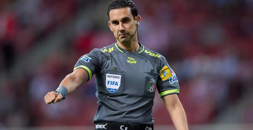 César Ramos quedó suspendido por no marcarle penal al América