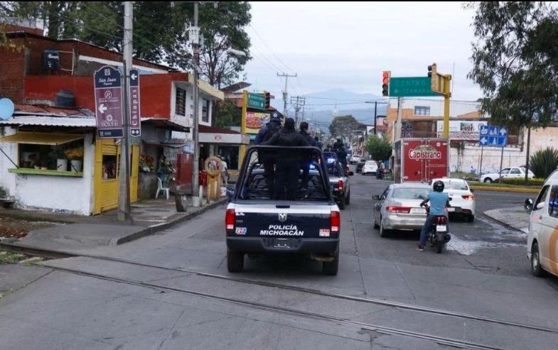 8 muertos y un herido tras balacera contra negocio en Uruapan