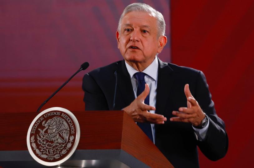 """AMLO: """"eso si calienta"""", sobre recortes a pensiones a trabajadores del IMSS"""