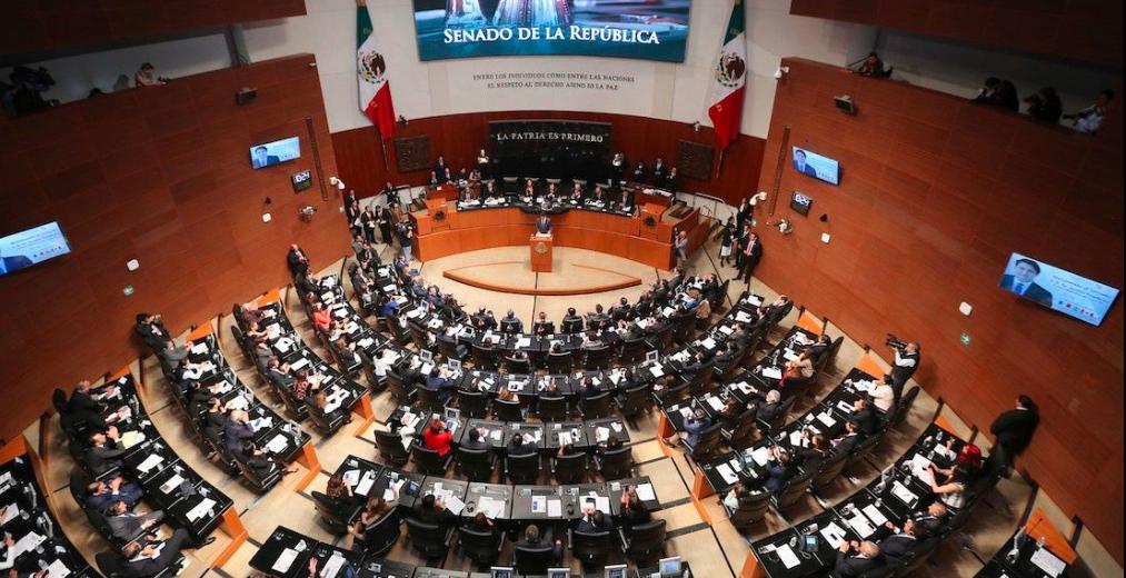 Senadores proponen crear otros puentes vacacionales ante iniciativa de AMLO
