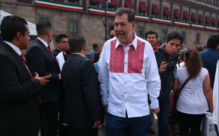 Noroña se burla del desabasto de medicina en México y lo destrozan en Twitter