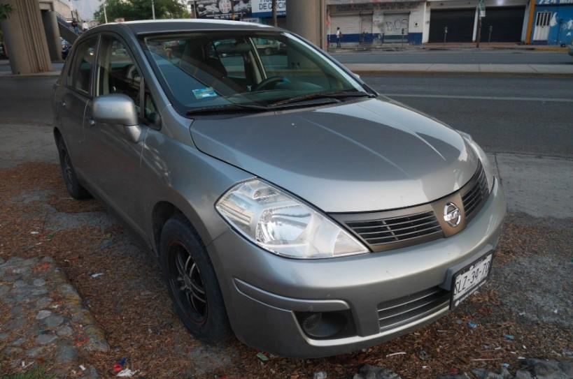 Congreso de Jalisco subasta lote de autos inservibles