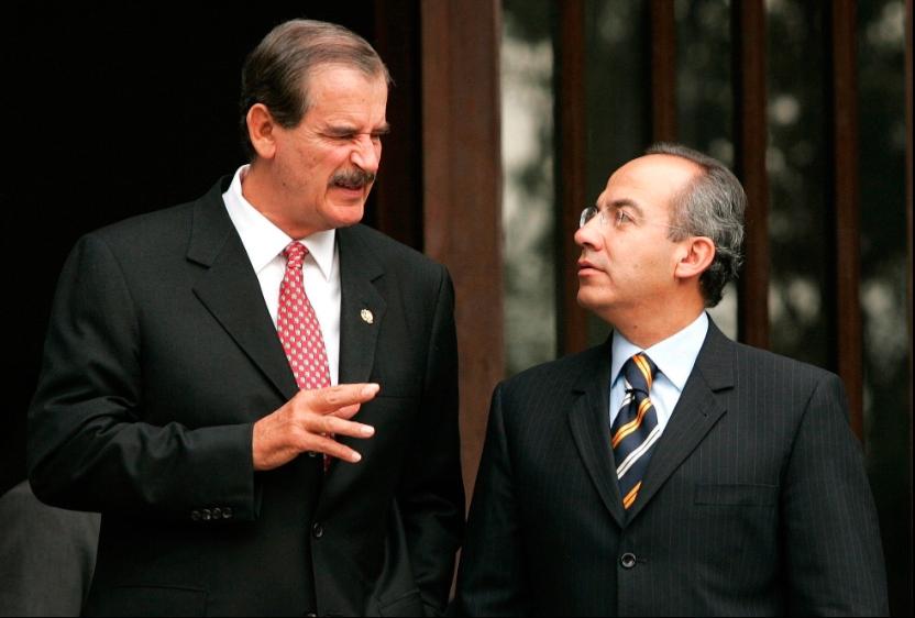 """Vicente Fox dice que """"se vomita"""" en Felipe Calderón"""