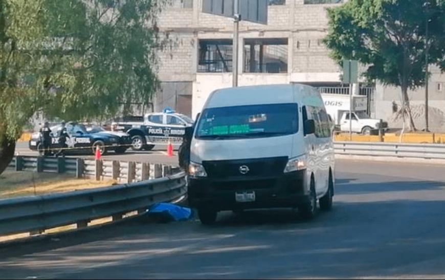 Tras asalto a combi ladrones asesinan a un joven en Ecatepec, Edomex