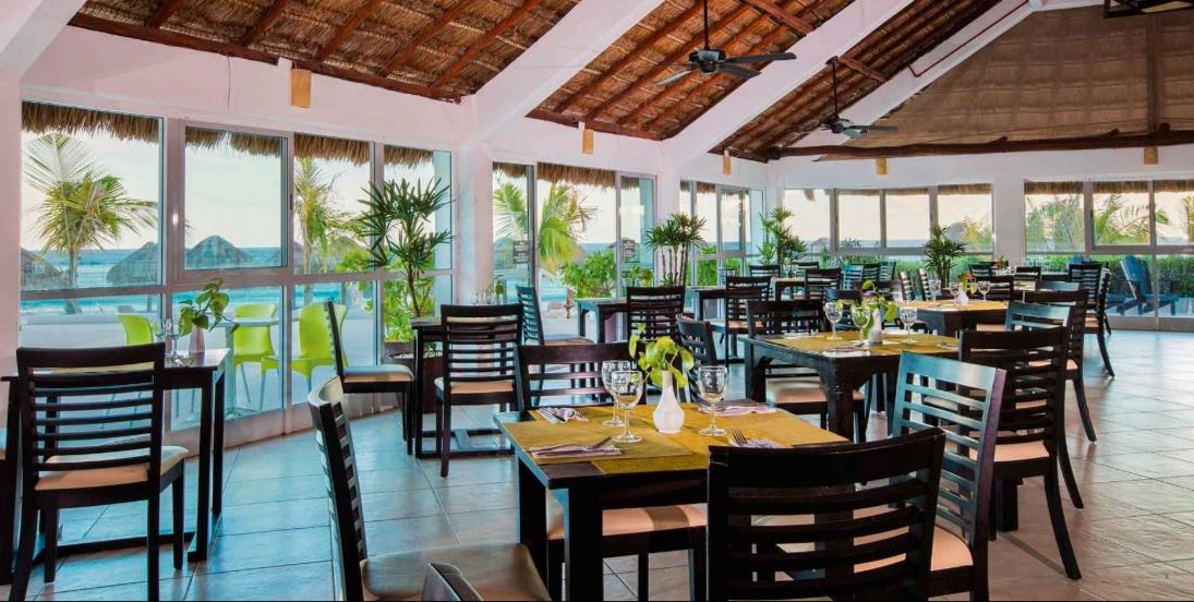 Restaurante de Cancún regalará comida a desempleados de turismo por coronavirus