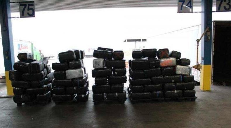 Confiscan marihuana y metanfetamina con valor de 8 MDD en Laredo