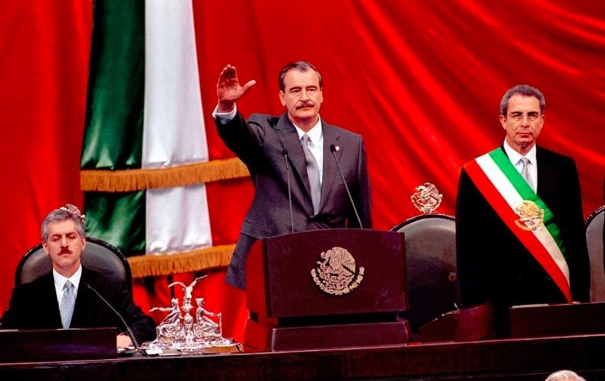 """Vicente Fox confiesa que NUNCA fue presidente de México, """"encargó el puesto"""""""