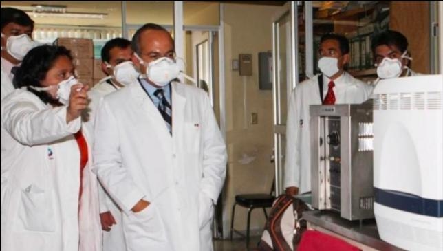 Felipe Calderón jura que equipó a los estados para hacer pruebas de Covid-19