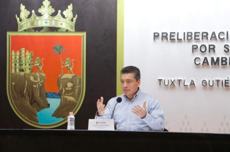 Gobernador de Chiapas encabeza preliberación de presos por coronavirus