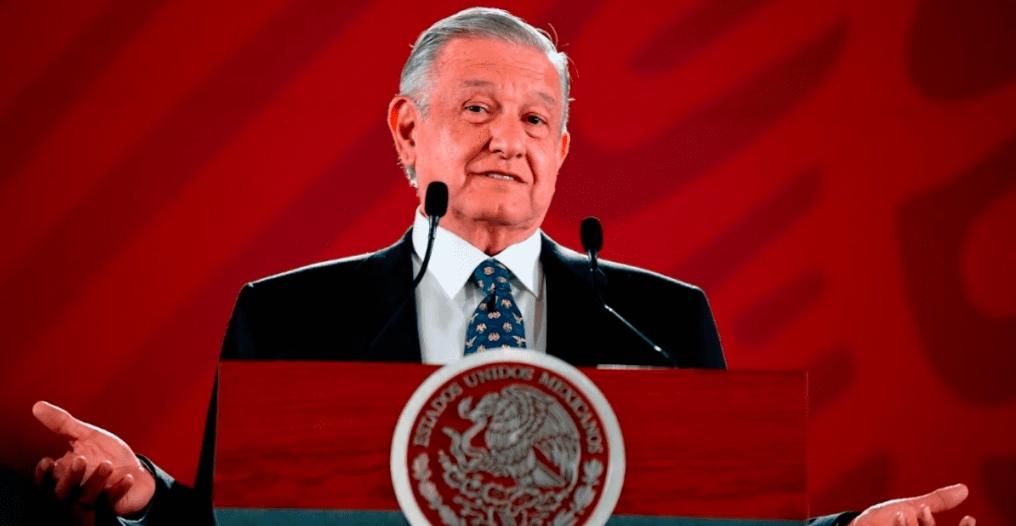AMLO celebra el 5 de mayo en Palacio Nacional durante su conferencia matutina