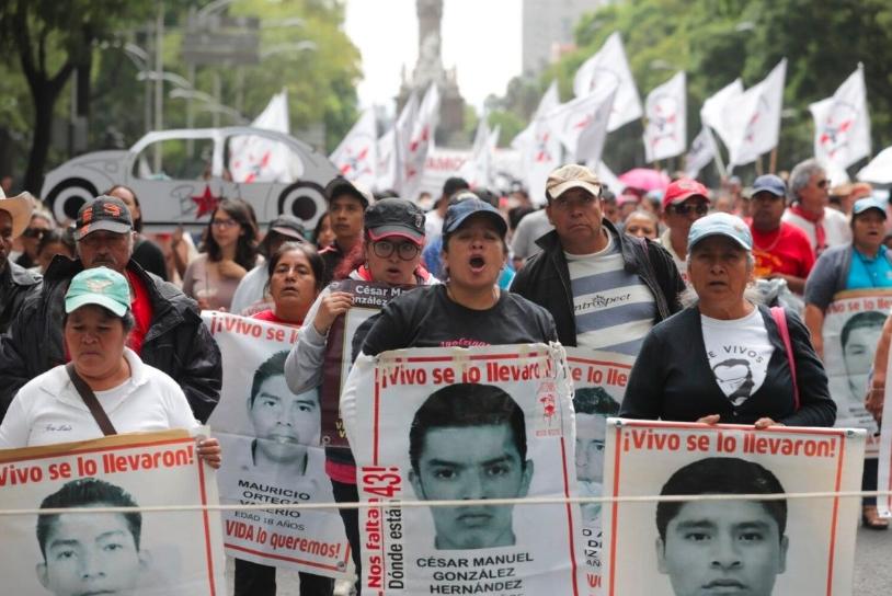 Expertos son reinstalados en el caso de Ayotzinapa, anunció Segob