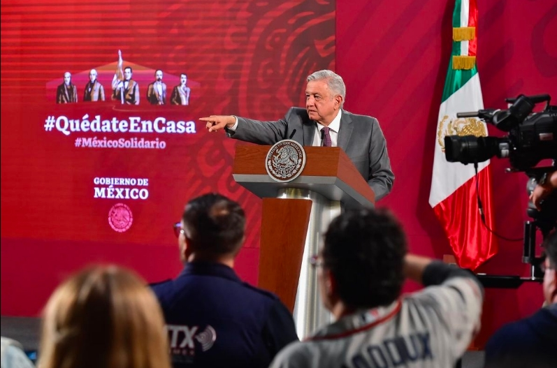 Por Covid-19, AMLO pide a mexicanos quedarse en casa para finalizar cuarentena