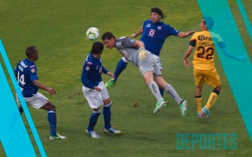 Gol Leyenda: Gol de Moisés Muñoz el 26 de mayo de 2013 (Video)
