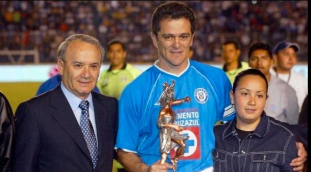 Cruz Azul: Carlos Hermosillo podría tomar el puesto de Billy Álvarez