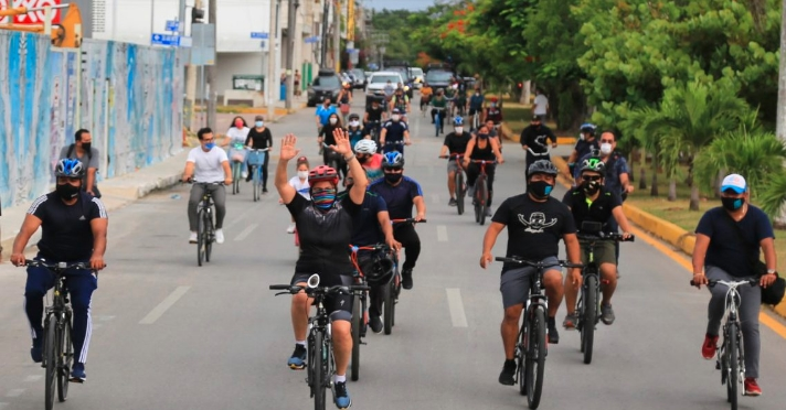 Solidaridad va por más ciclovías y calles peatonales