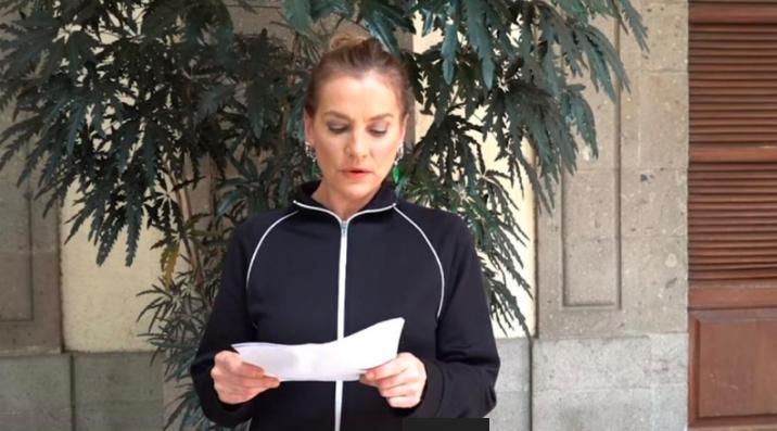 Beatriz Gutiérrez Müller conmemora a Charles Bukowski
