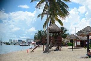 Suspenden búsqueda de joven ahogado en laguna de Cancún