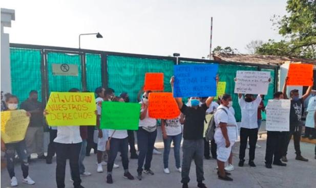 Trabajadores del hotel Princess, protestan por despidos y exigen una liquidación justa en Playa del Carmen