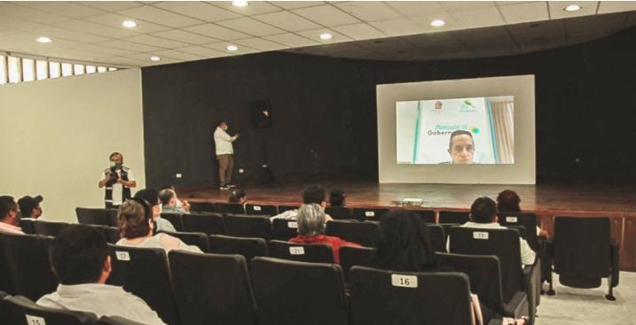 """Con audiencia virtual se desarrolló la jornada 30 de """"Platícale al gobernador"""" en Tulum"""