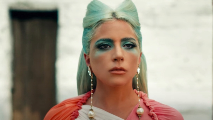 """Lady Gaga lanza videoclip de """"911""""; conoce el mensaje detrás"""