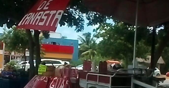 NO RESPETAN REGLAS PARA VENTA DE COMIDA