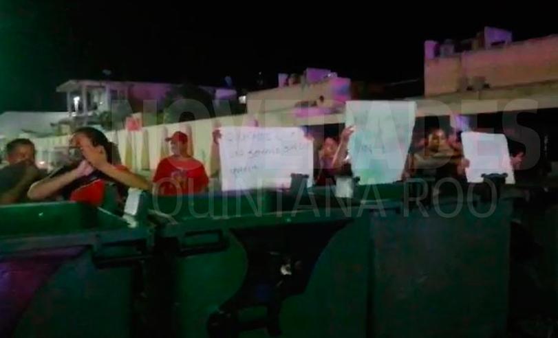 Playa del Carmen: vecinos de Villas del Sol, fraccionamiento edificado por Cadu exigen que vuelva la luz