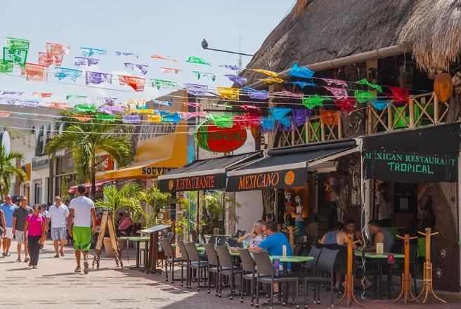 Por números rojos restaurantes de Playa del Carmen no se unen al Buen Fin