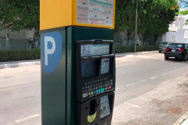 Continúa desinterés del gobierno de Playa del Carmen por mejorar servicio de parquímetros