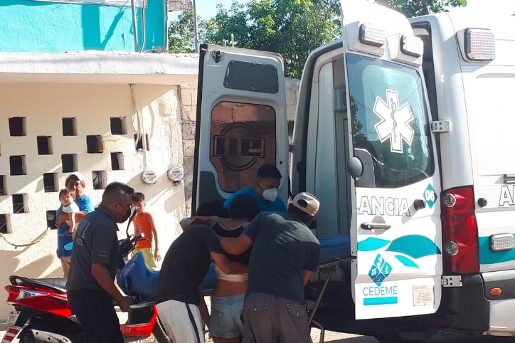Mujer es apuñalada en Playa del Carmen; su esposo está prófugo