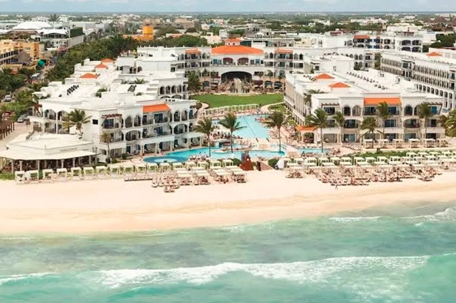 Por impedir libre a acceso a playa aplicarán sanción a hotel Hilton en Playa del Carmen