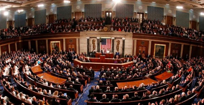Bloquean legisladores de EU ayuda para millones de estadounidenses