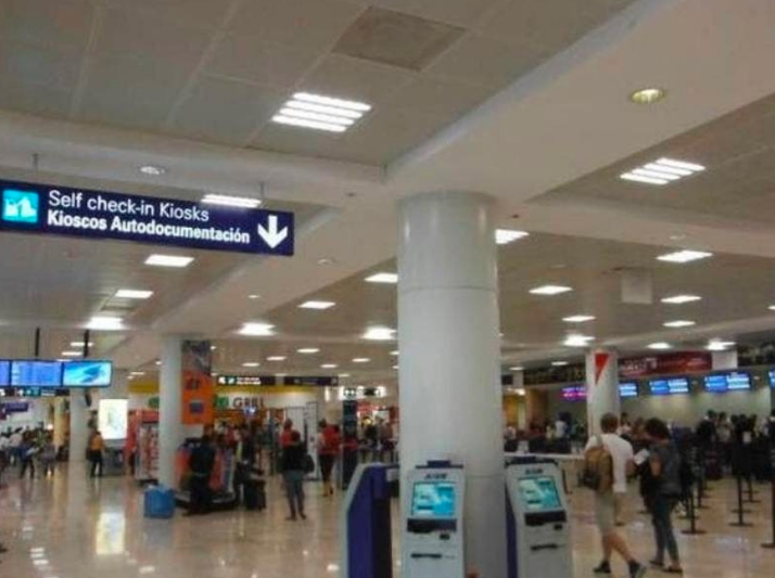 Cancelaciones turísticas por retroceso en semáforo y pruebas anticovid
