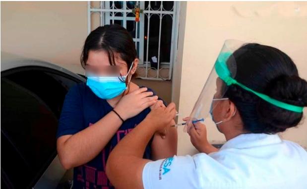 Detectan a personas ofreciendo vacunas contra Covid en Cancún; es engaño: SESA