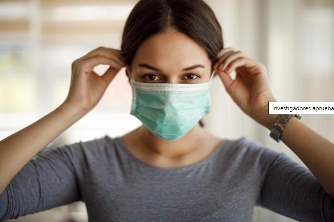 Investigadores aprueban el uso de doble mascarilla porque reduce contagio del Covid-19