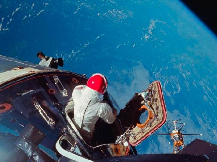 La NASA comparte foto desde el espacio del Super Bowl en sus redes sociales