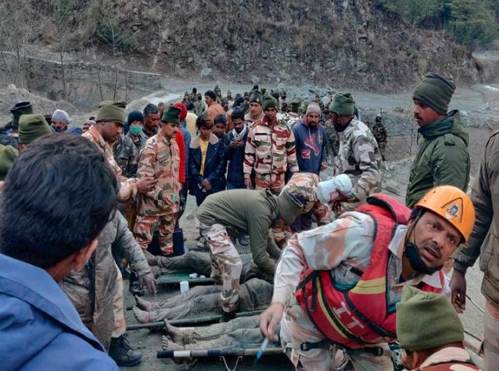 18 personas murieron y 200 personas siguen desaparecidas en el norte de India