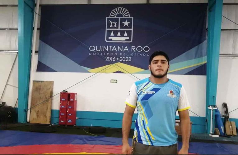 Chetumal: Joven atleta sueña con seguir destacando en luchas asociadas