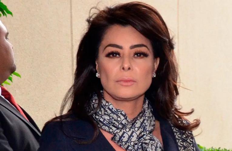 Yadhira Carrillo vuelve al trabajo aunque su esposo este en prisión