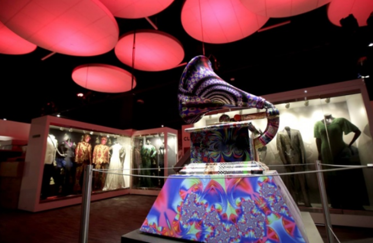 Museo del Grammy en Los Angeles reabrirá en mayo