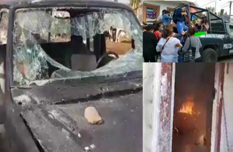 Familiares y amigos de joven asesinada queman vivienda de presunto feminicida