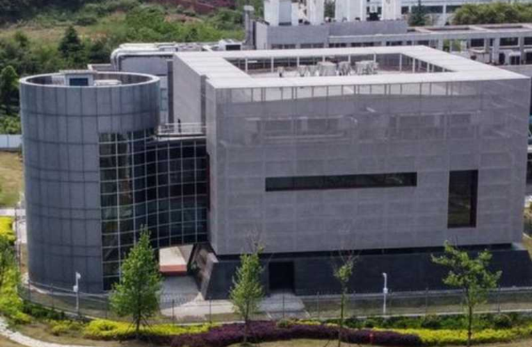 China arremete contra la investigación de EU sobre origen del Covid-19
