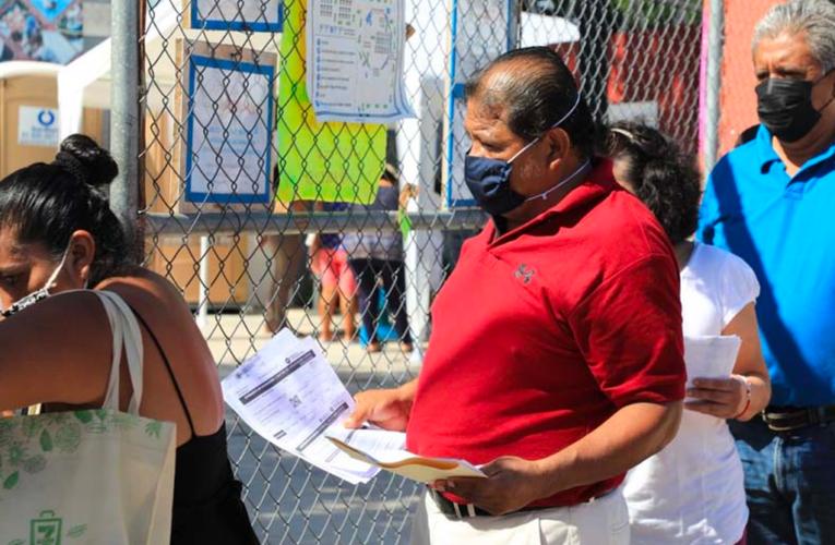 Anuncian vacunación a adultos de 40 años en Playa del Carmen