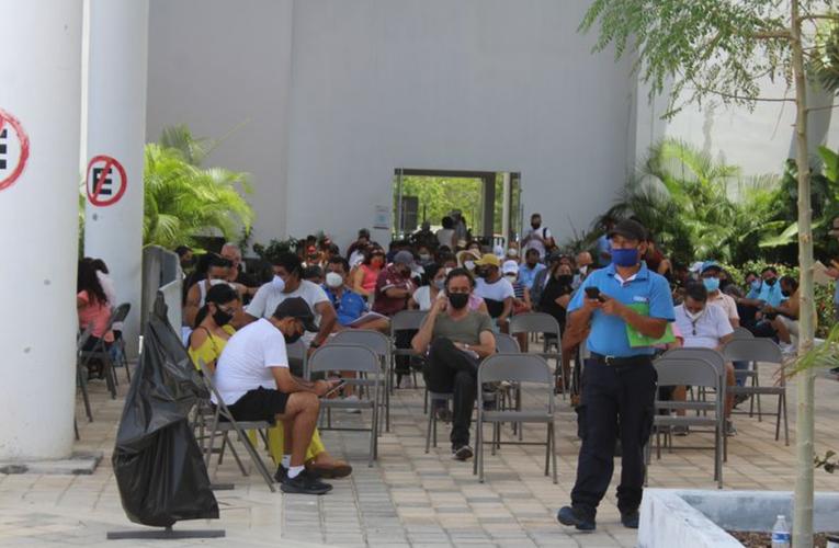 Playa del Carmen: Primeras dos mil personas vacunadas en nueva campaña contra Covid