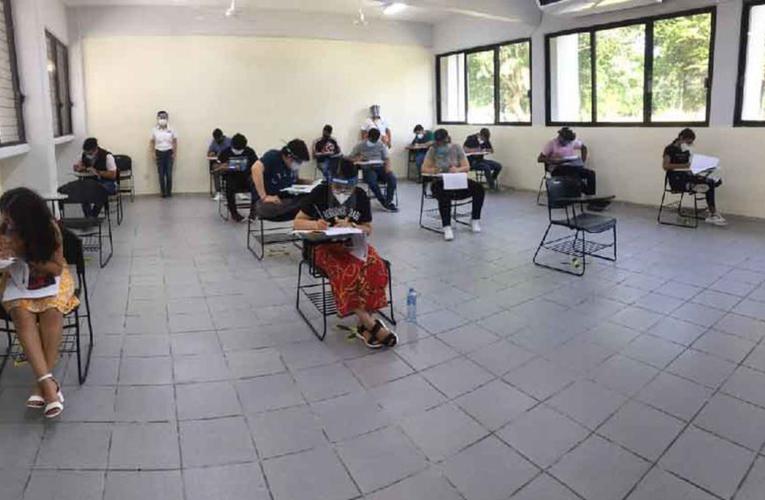 Playa del Carmen: Jóvenes que buscan estudiar medicina presentarán examen en la Uqroo