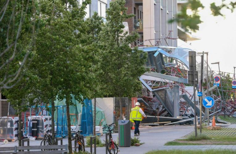 Derrumbe en construcción mata a cinco obreros en Bélgica