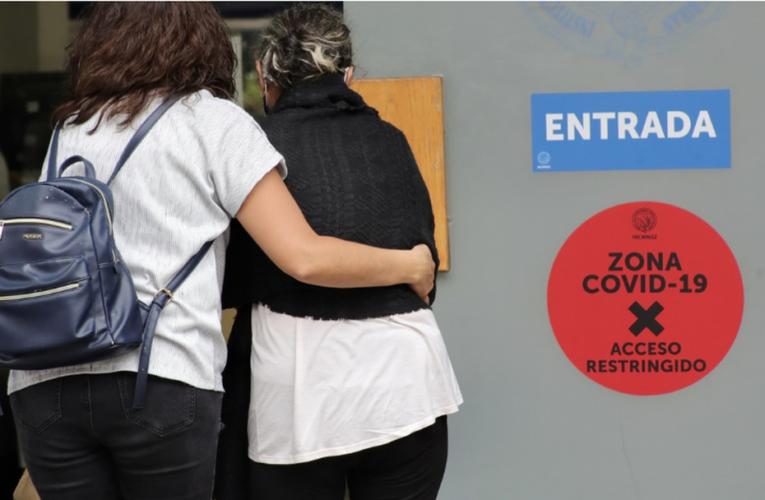 Cierran bares y prohíben eventos masivos en Colima por Covid-19