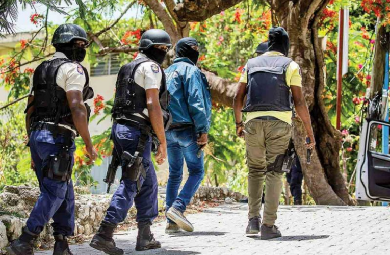 Despliegan EU y Colombia a agentes de inteligencia por crimen en Haití
