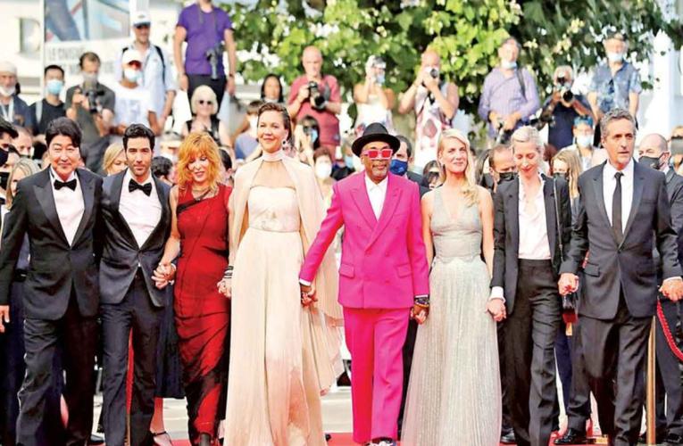 Festival de Cannes 2021 vuelve a brillar con luz propia